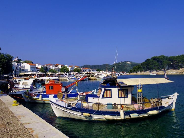 skiathos-harbour-port