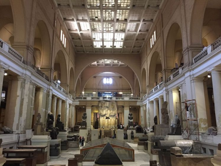 grande-salle-musee-egyptien-le-caire