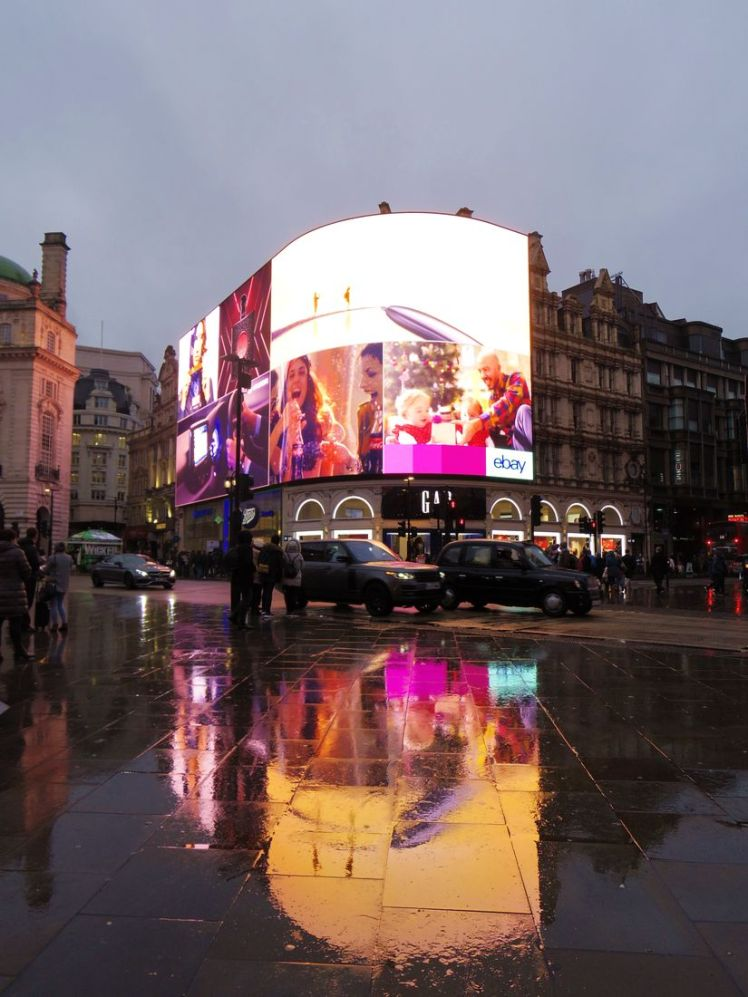 picadillycircus-londres-larchivoyageuse