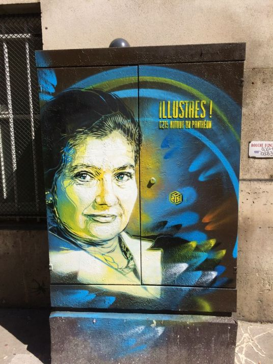 c215-streetart-paris-illustres-larchivoyageuse
